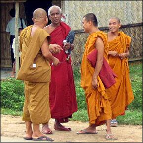 The Theravada Bhikkhu Sangha in Bangladesh