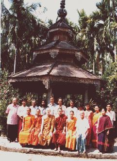 The Theravada Bhikkhu Sangha in Bangladesh