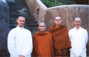 The Theravada Bhikkhu Sangha in United States of America